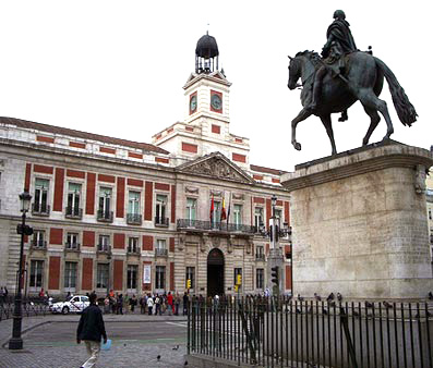 Directory listing for photo tour img for Plaza del sol madrid